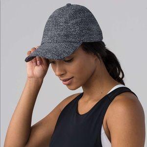 Lululemon Baller Hat NWOT *Reflective
